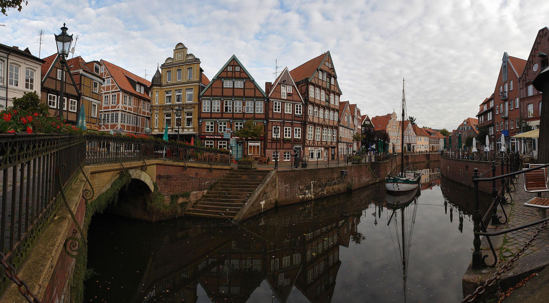 Fast wie in Holland: Hansehäuser in Stade. (CC BY-SA 3.0 Wikimedia)