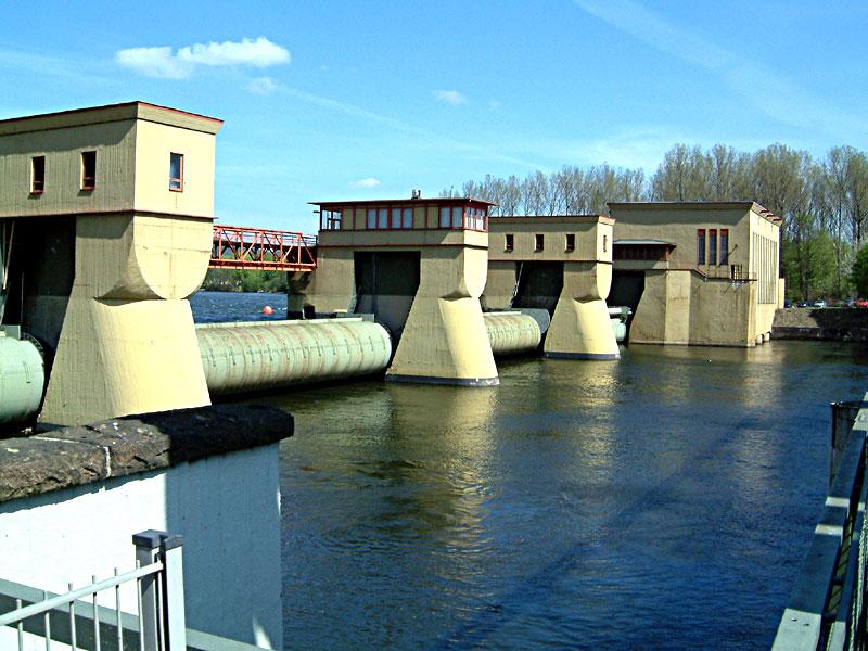 Bild: Das Laufwasserkraftwerk Hengstey zwischen Herdecke und Hagen, CC BY-SA 3.0
